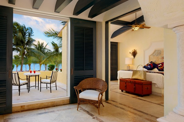 Romance Ocean Front One Bedroom Suite With Terrace