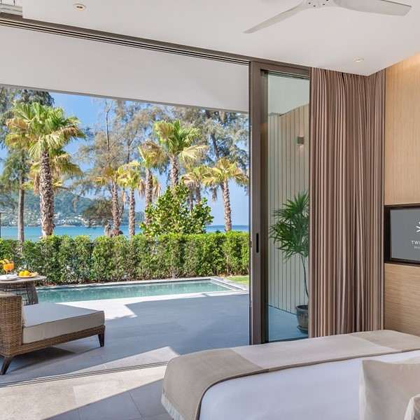 Grand Azure Sea View Pool Suite
